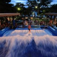 phuket_surf_house_flowrider